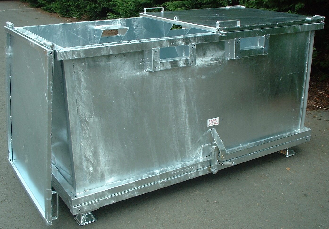 Forklift Drop Bottom Stillage 2.00 cu.m with feet and galvanised lids