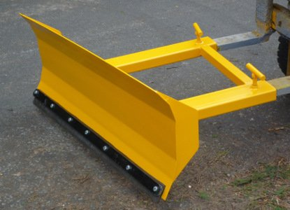forklift snow plough / yard scraper 1