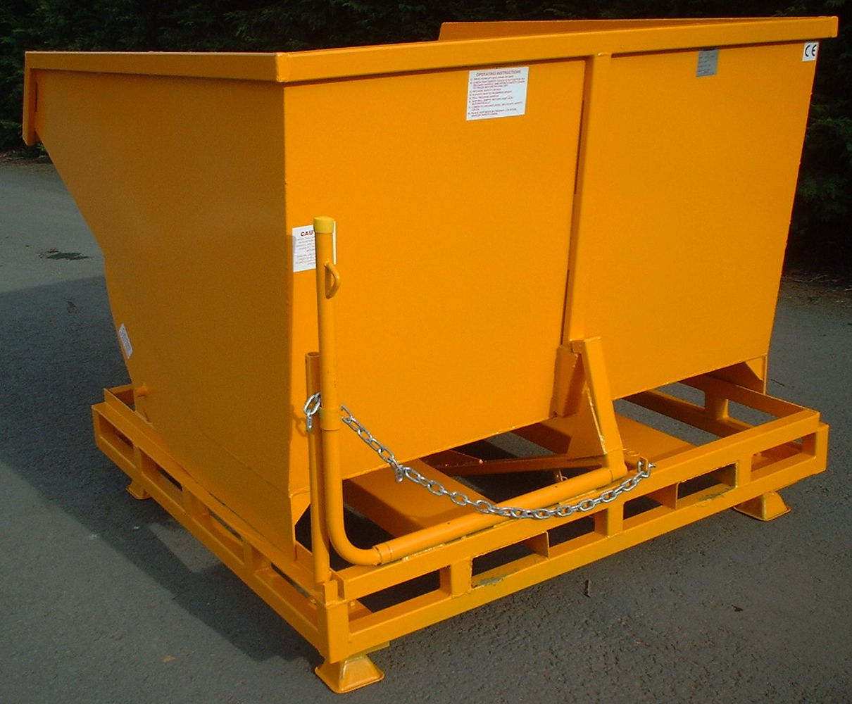 Tipping Skip 1.75 cu.m. size Auto Tipping